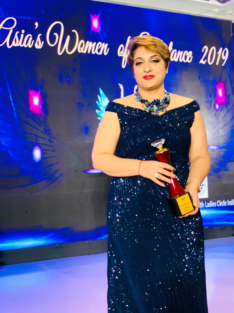 ASIA-WOMEN-OF-SUBSTANCE-2019---Excellence-In-Makeup-Hair-and-Beauty--OCT-2019