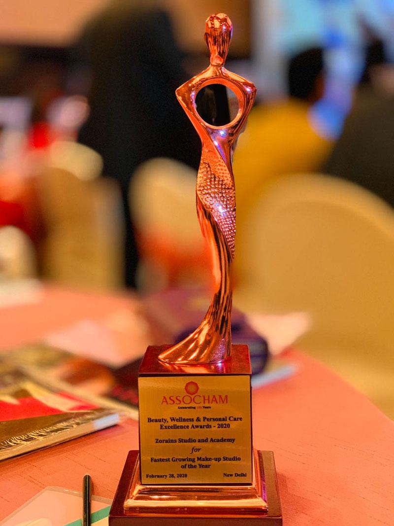 ASSOCHAM-AWARD---Fastest-Growing-Make-up-Academy-FEB2020