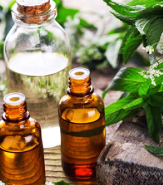 Aromatherapy-Workshop-for-Mothers-Zorains-Studio