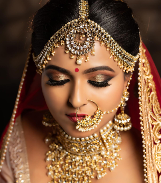 Level-1---Bridal-Makeup-&-Hair-Course-in-Bangalore