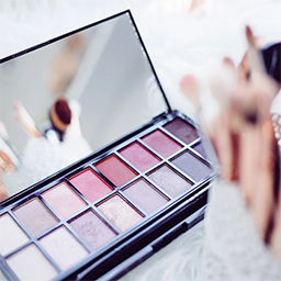 Bridal-Makeup-Courses-in-Bengaluru-Free-Makeup-Kit